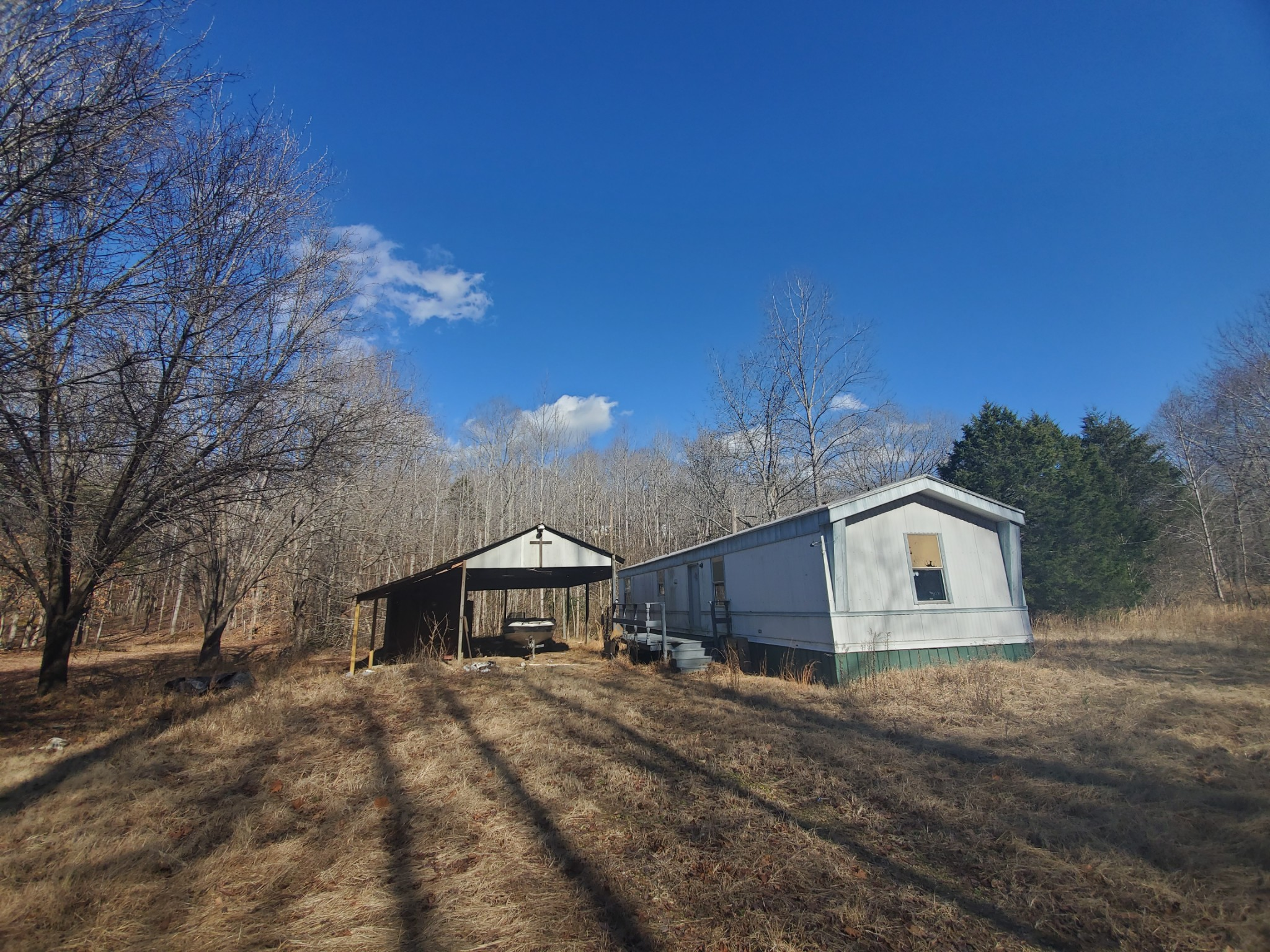 120 Maple Acres Property Photo - Holladay, TN real estate listing