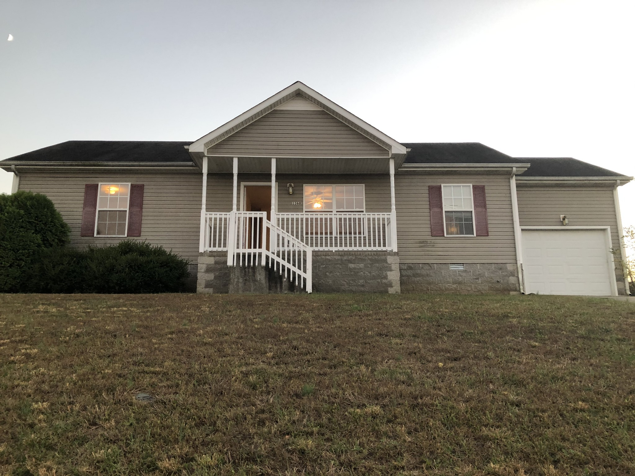 1368 William Suiters Ln Property Photo - Clarksville, TN real estate listing