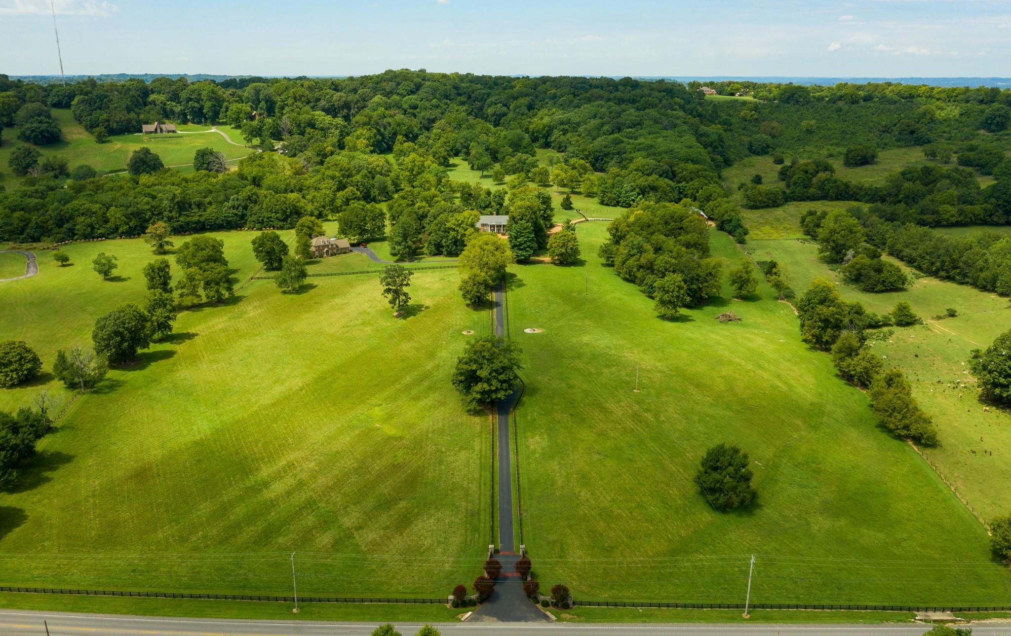 2964 Pulaski Hwy Property Photo