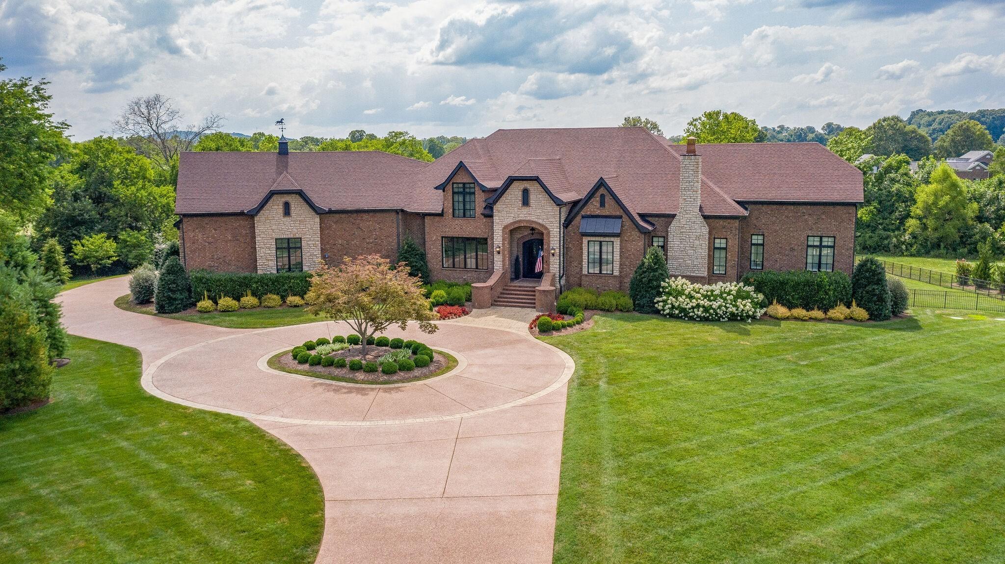 4411 Peytona Ln Property Photo