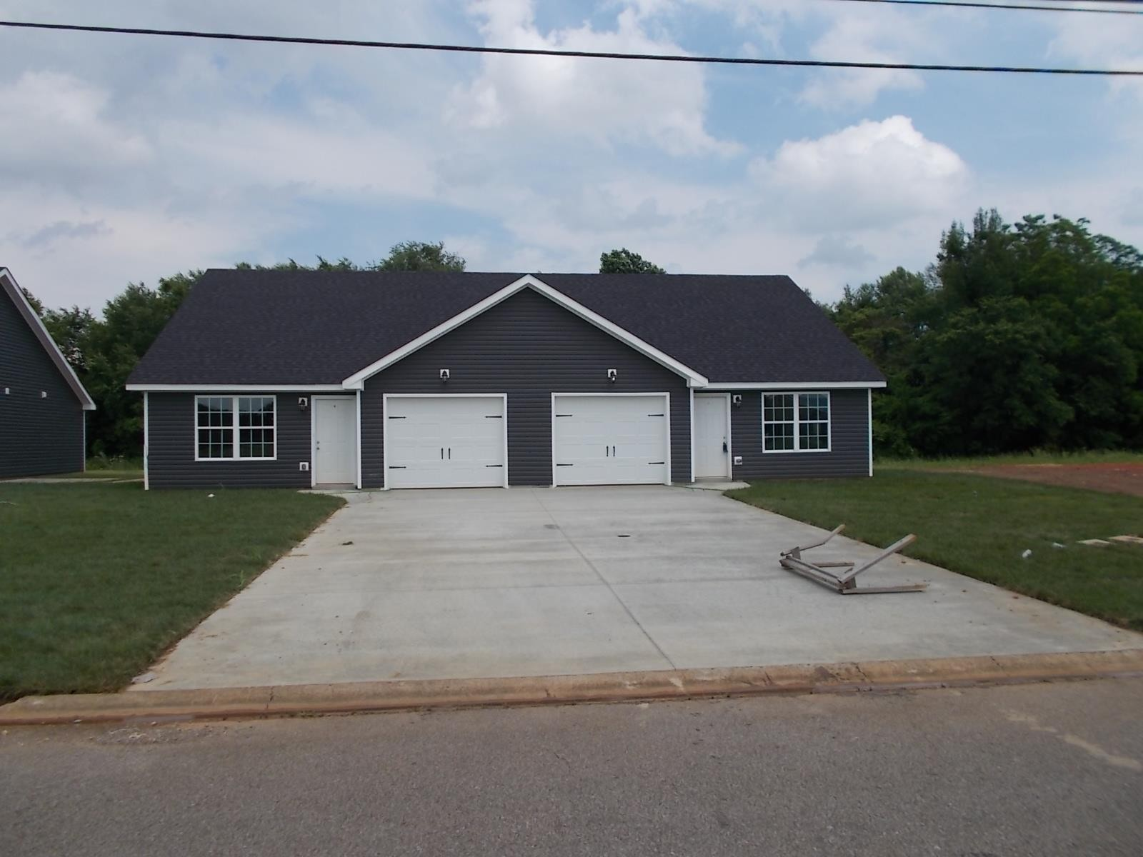 571A Heritage Point Dr #A Property Photo - Clarksville, TN real estate listing