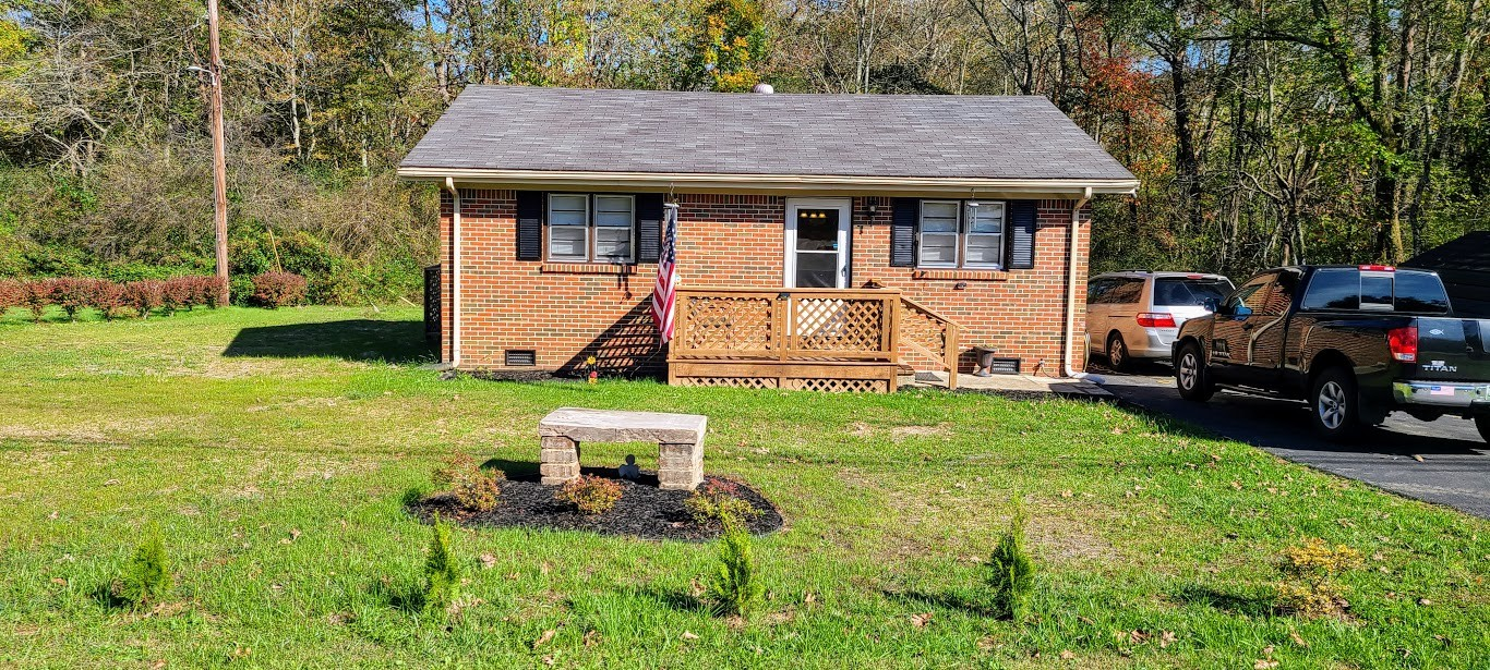 2826 Pigeon Springs Rd Property Photo