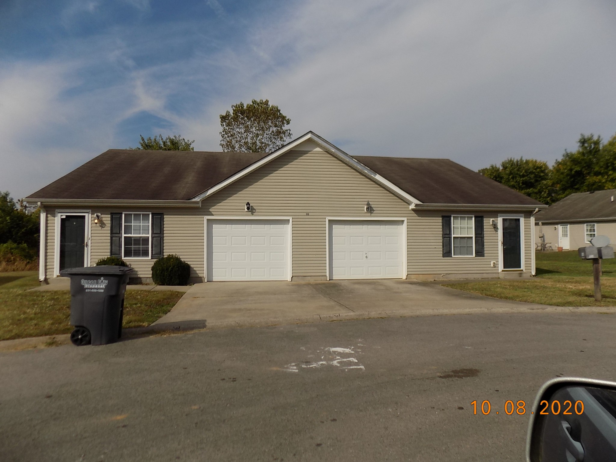 100 Solid Rock Ct #A Property Photo - Clarksville, TN real estate listing