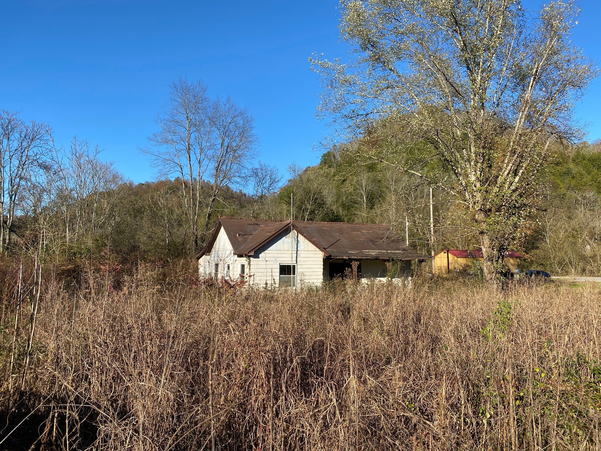 6366 Jennings Creek Hwy Property Photo - Whitleyville, TN real estate listing