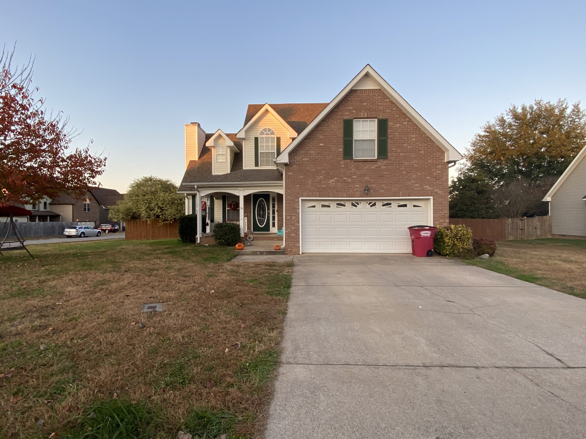 1525 Autumn Dr Property Photo - Clarksville, TN real estate listing