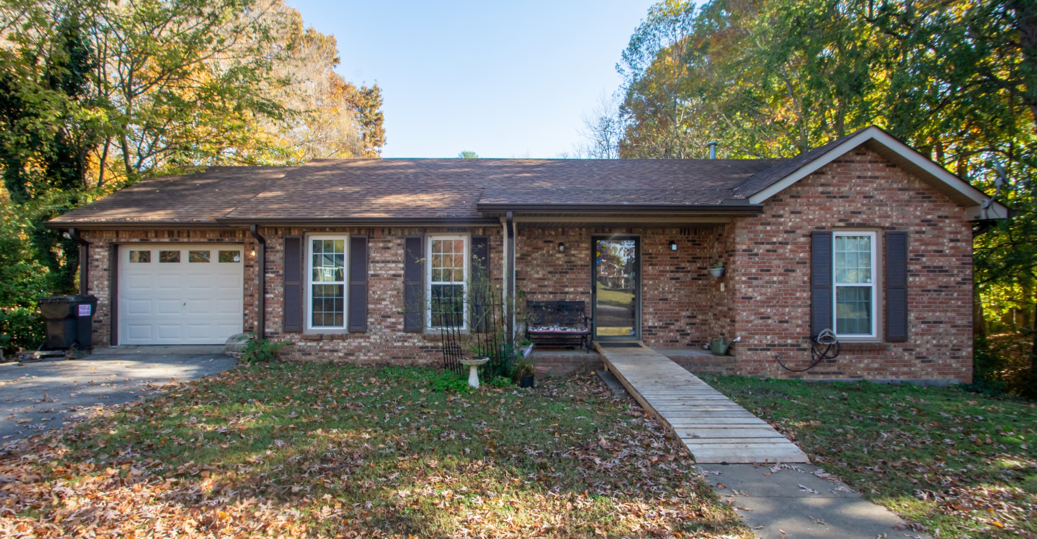 217 Maxwell Dr Property Photo - Clarksville, TN real estate listing