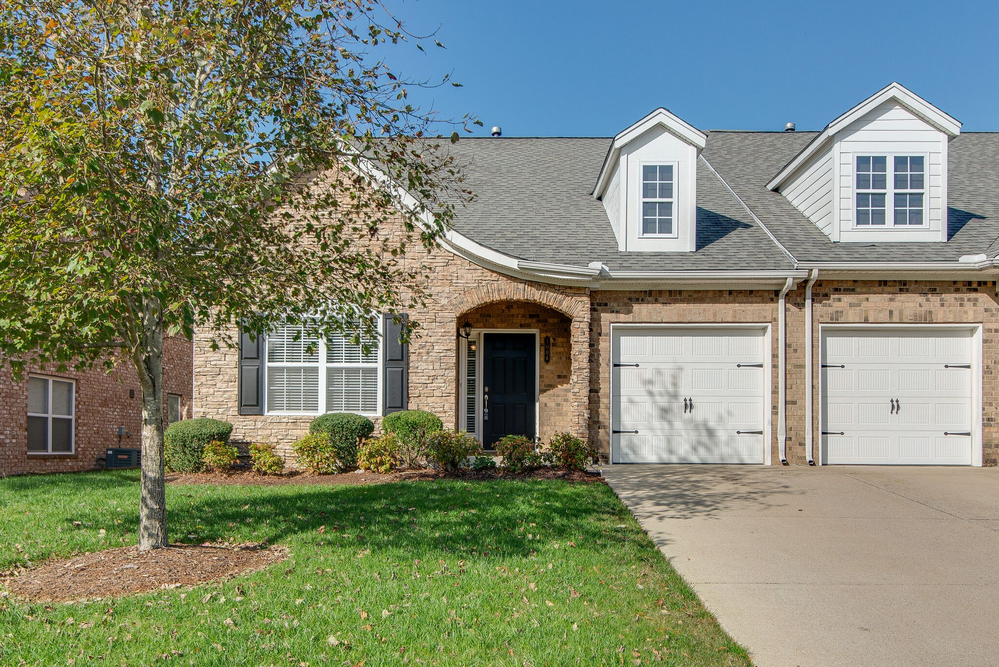 1006 Grove Ct Property Photo - Brentwood, TN real estate listing