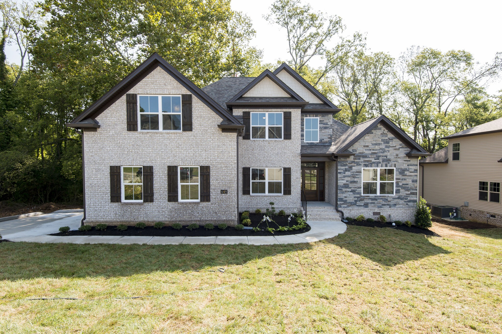 211 Creekside Dr Property Photo - Lewisburg, TN real estate listing