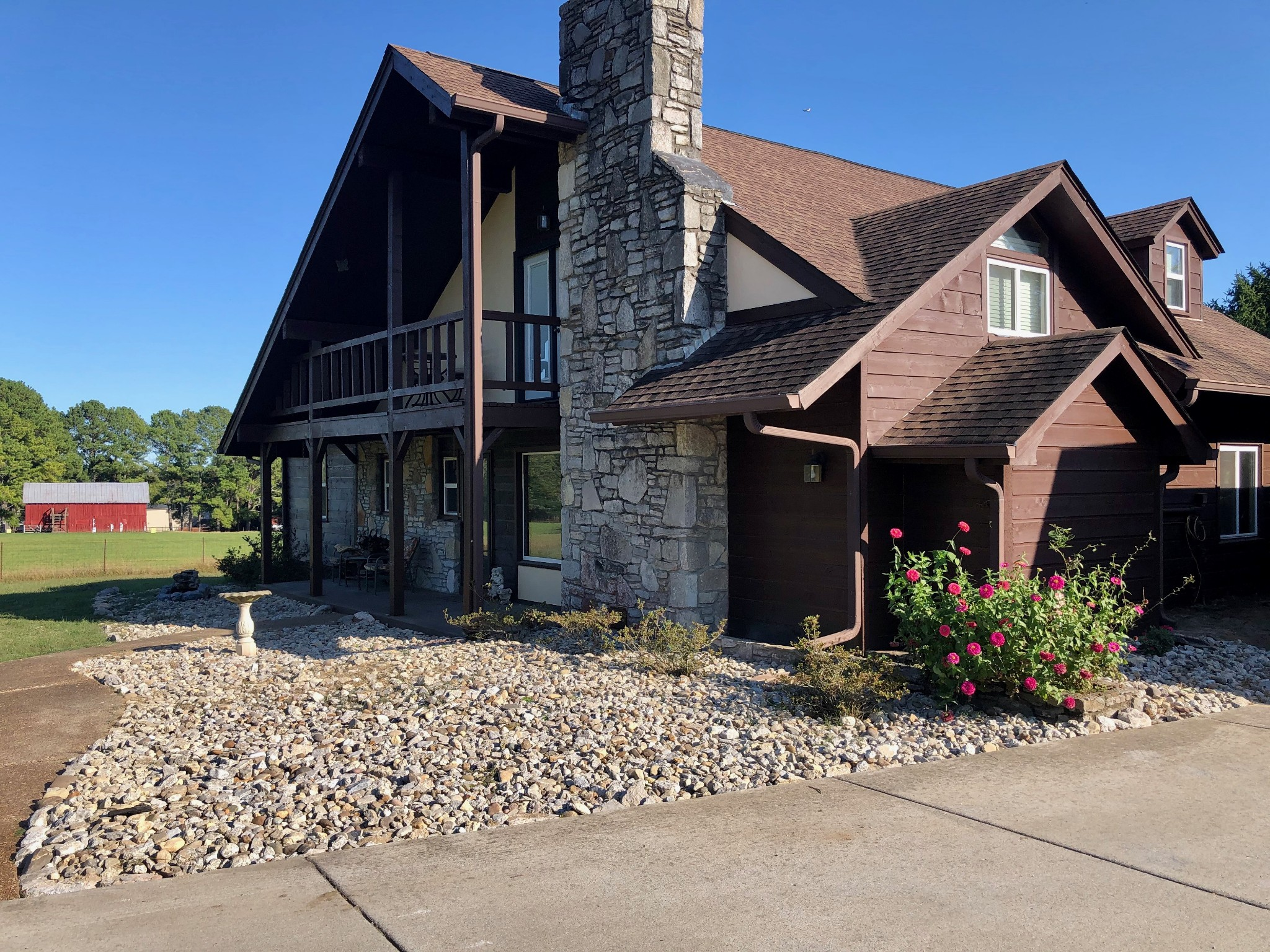 1482 Stewarts Ferry Pike Property Photo - Hermitage, TN real estate listing