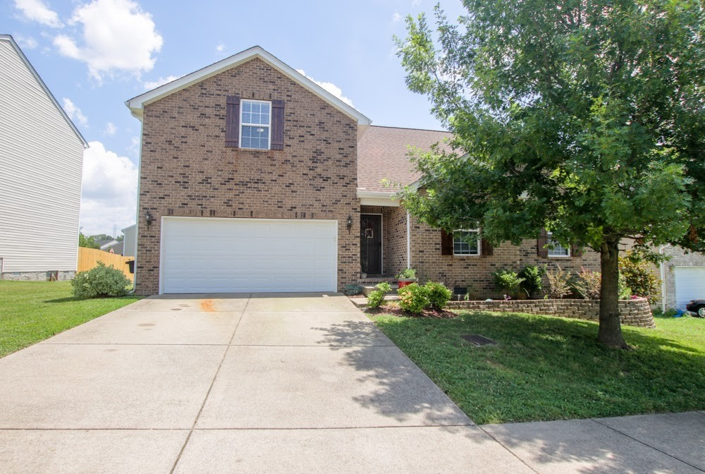 4204 Shagbark Trl Property Photo - Antioch, TN real estate listing