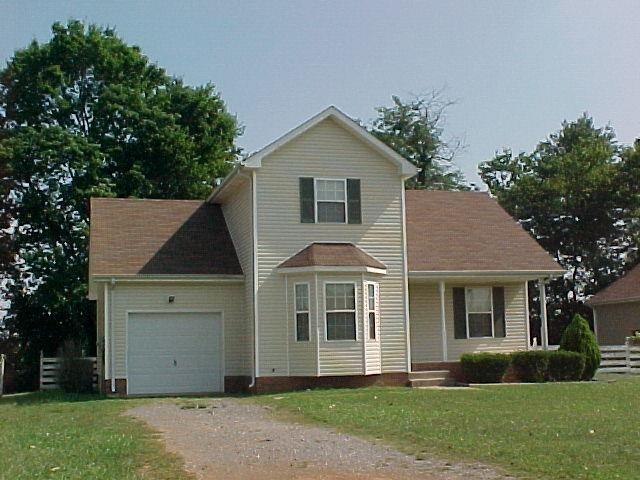 3223 N Senseney Circle Property Photo - Clarksville, TN real estate listing