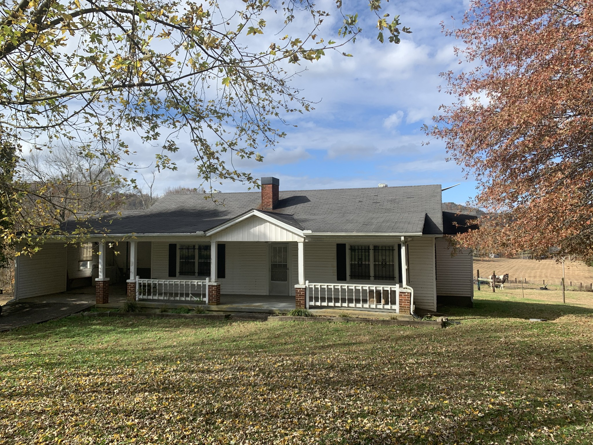 570 Club Springs Rd Property Photo - Buffalo Valley, TN real estate listing