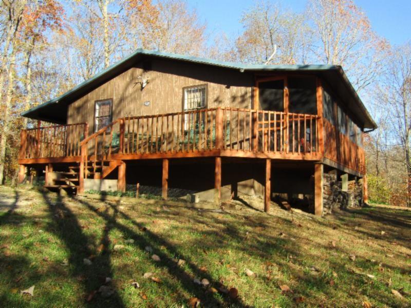 692 Weber Ln Property Photo - Celina, TN real estate listing