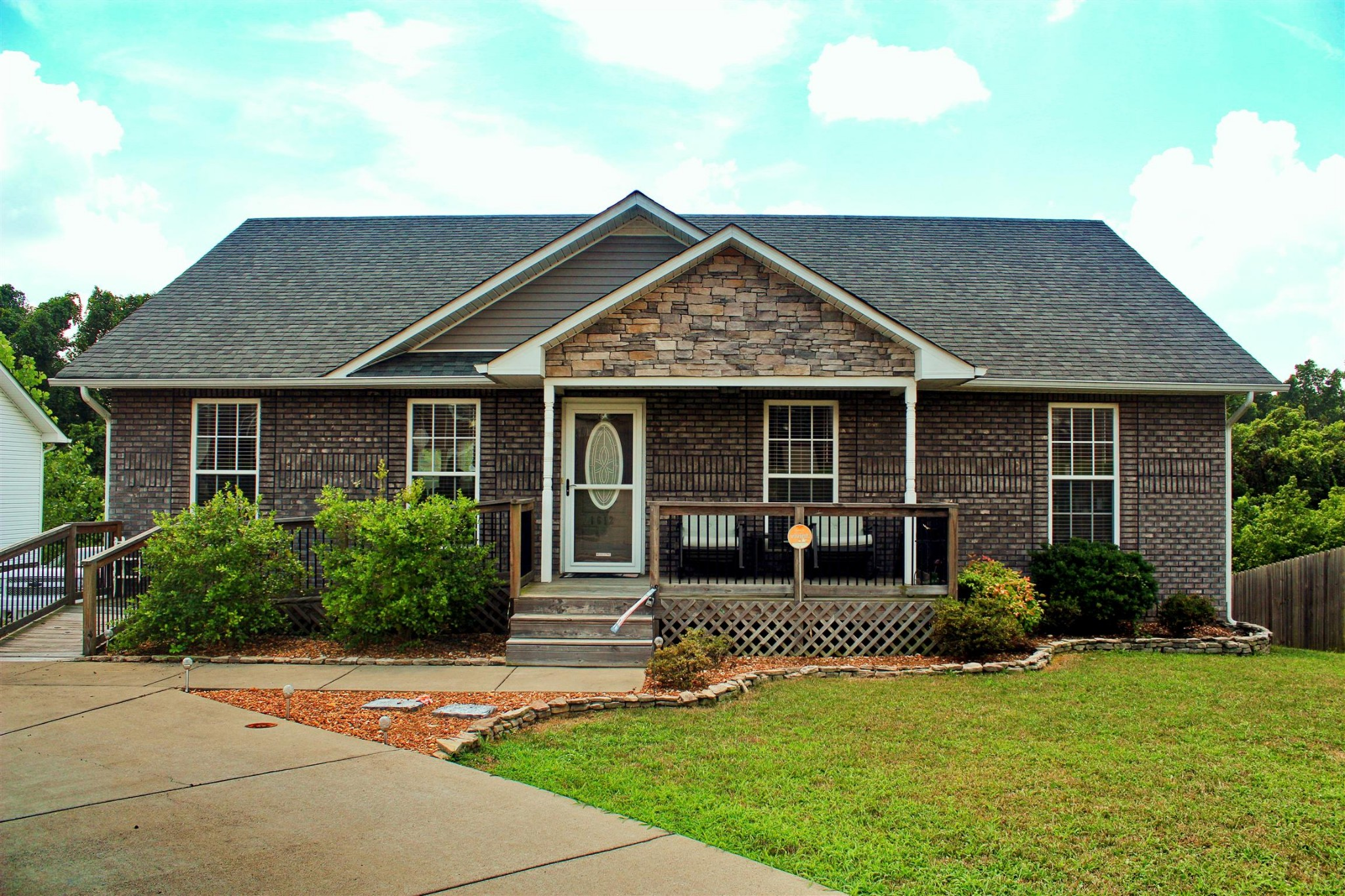 1612 Apache Way Property Photo - Clarksville, TN real estate listing