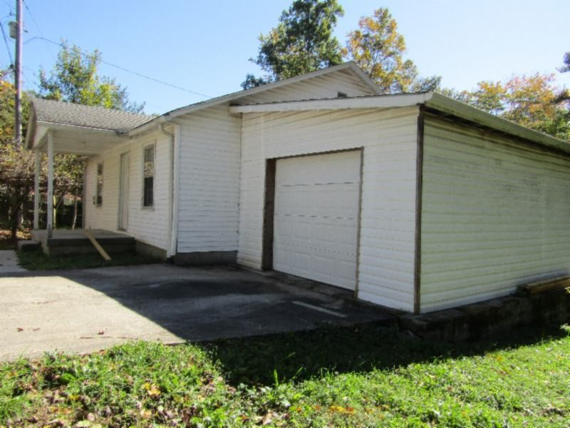181 Wade Subdivision Ln Property Photo - Gainesboro, TN real estate listing
