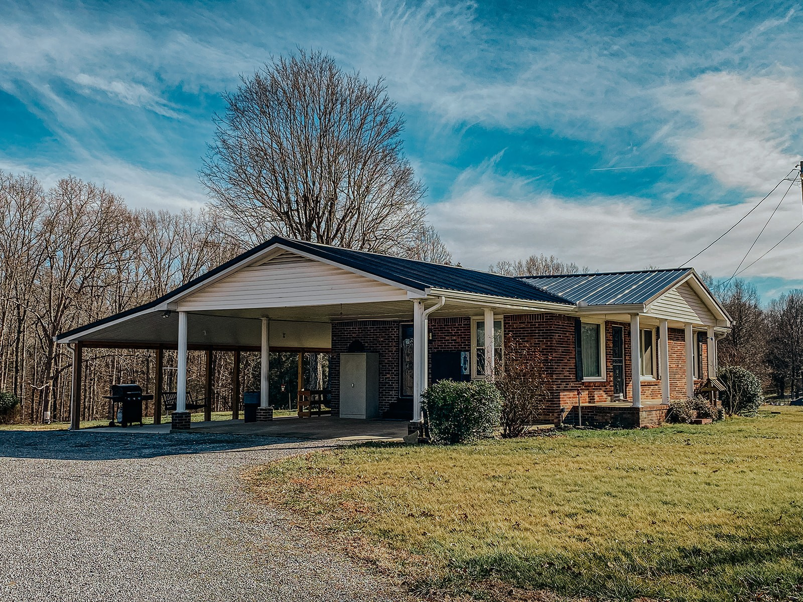 2100 Highway 49 E Property Photo - Charlotte, TN real estate listing