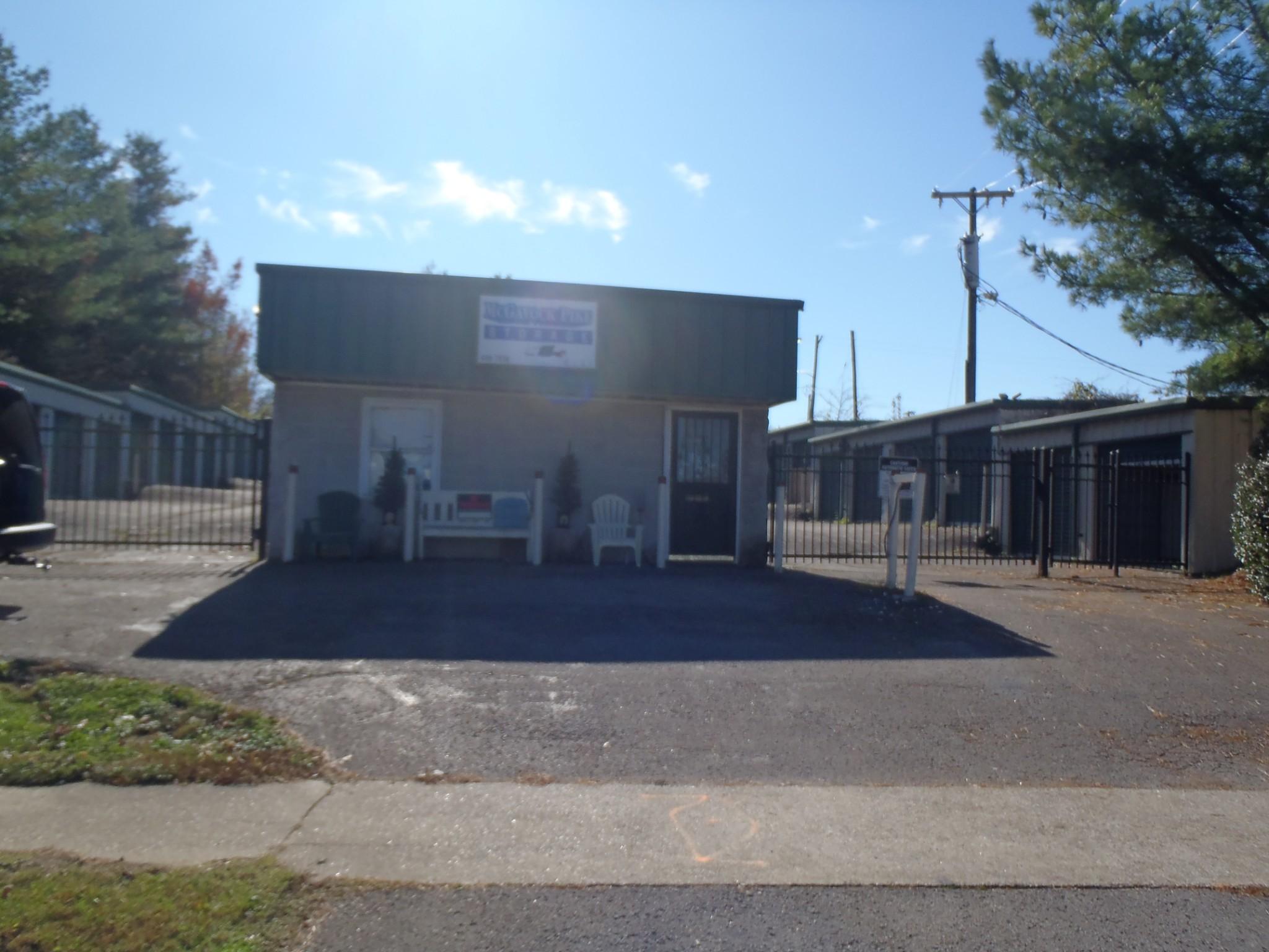 1106 McGavock Pike N Property Photo - Nashville, TN real estate listing