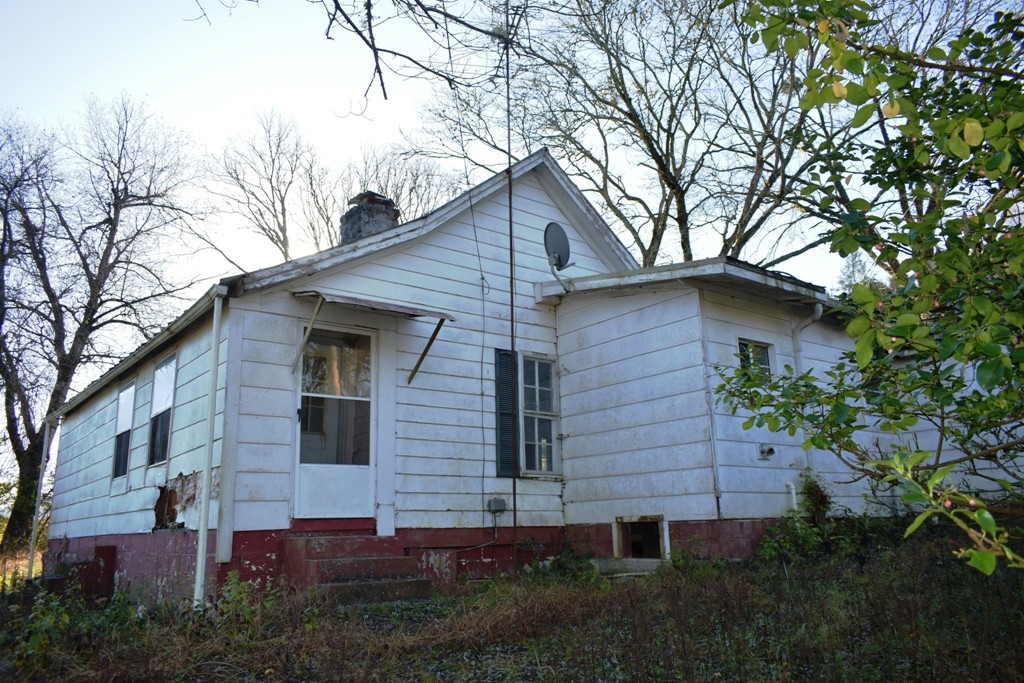 363 Enigma Rd Property Photo - Elmwood, TN real estate listing