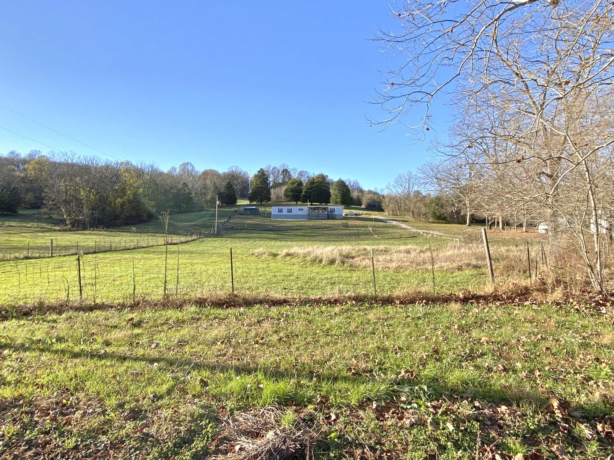 3500 Ella West Cir Property Photo - Lynnville, TN real estate listing