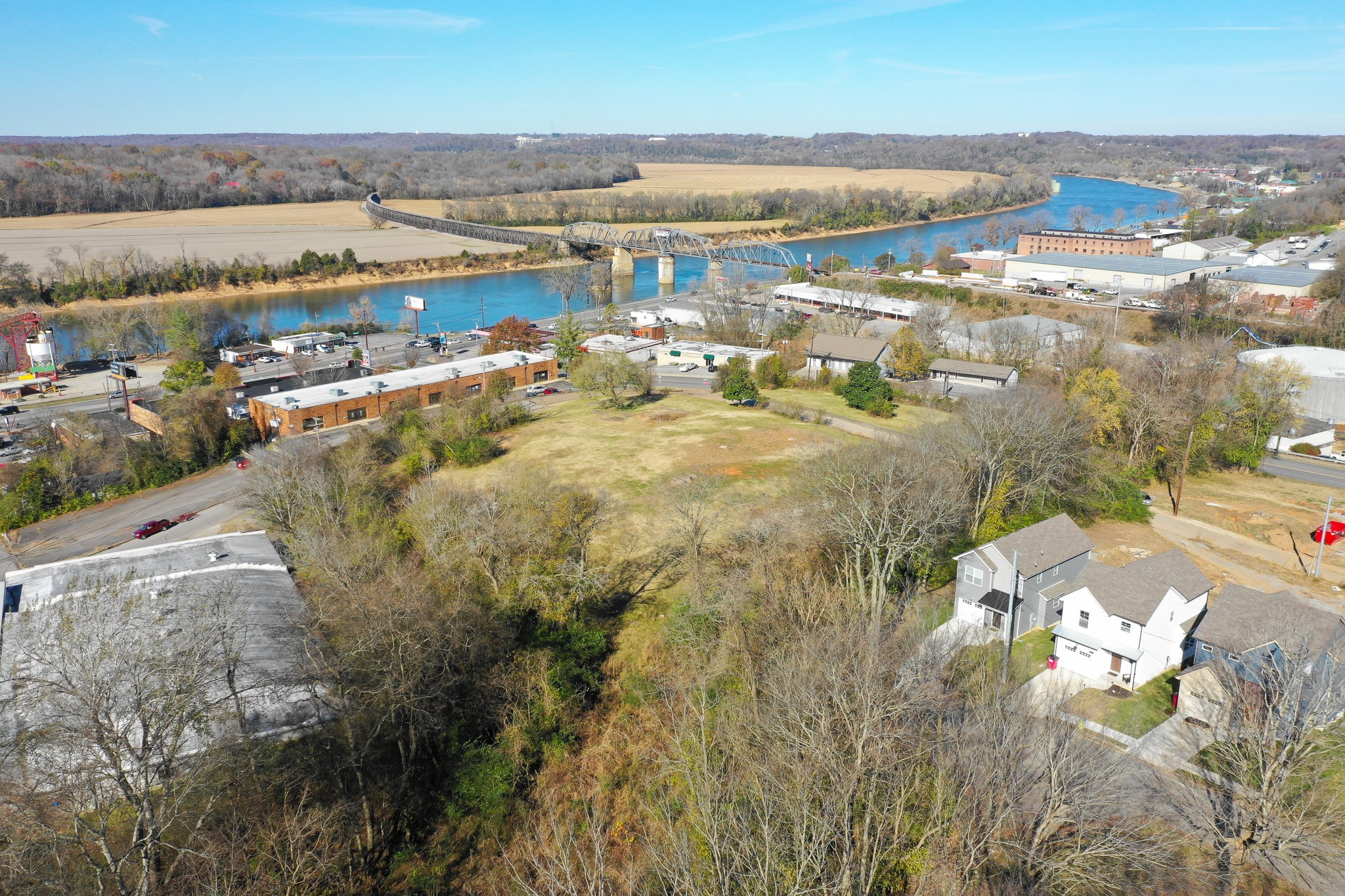 40 Crossland Ave Property Photo - Clarksville, TN real estate listing