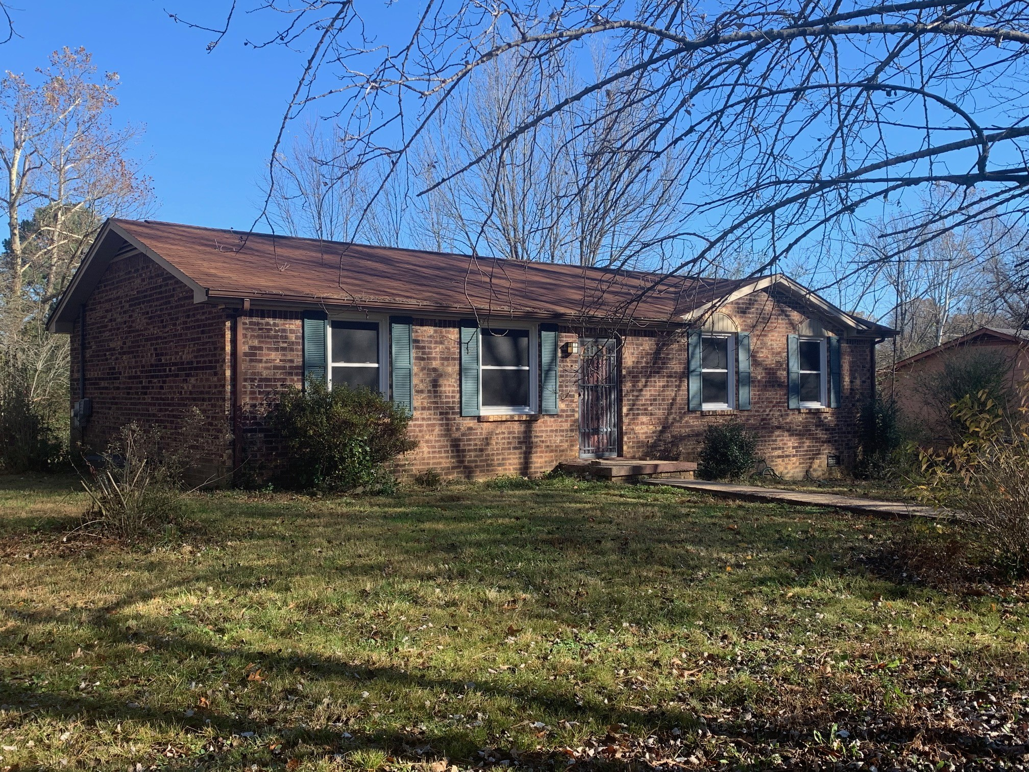 10044 W Green Cemetery Rd Property Photo - Bon Aqua, TN real estate listing