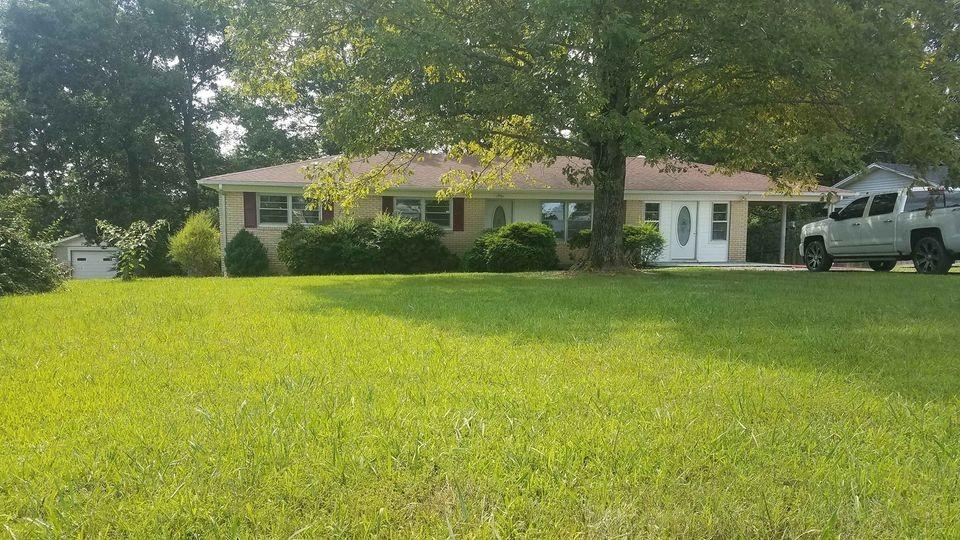 615 Mink Branch Acres Dr Property Photo - Waynesboro, TN real estate listing