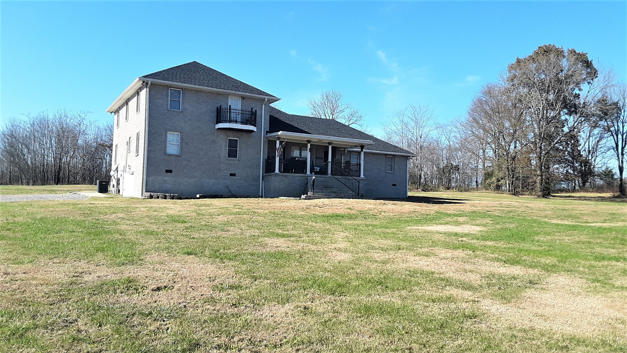 1285 Bass Rd Property Photo - Bethpage, TN real estate listing