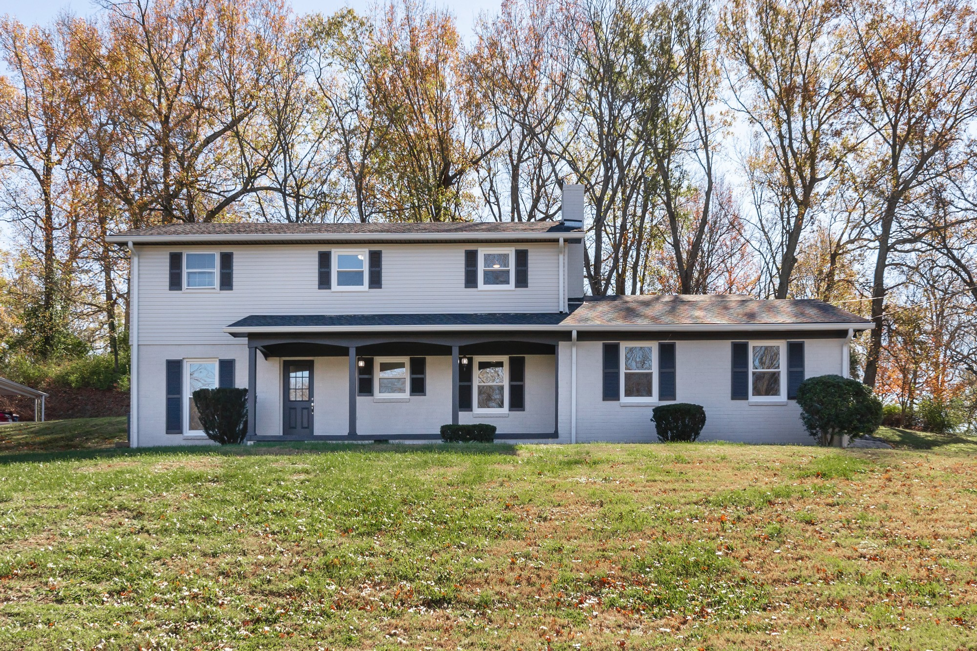 709 Pleasantwood Dr Property Photo - Mount Pleasant, TN real estate listing