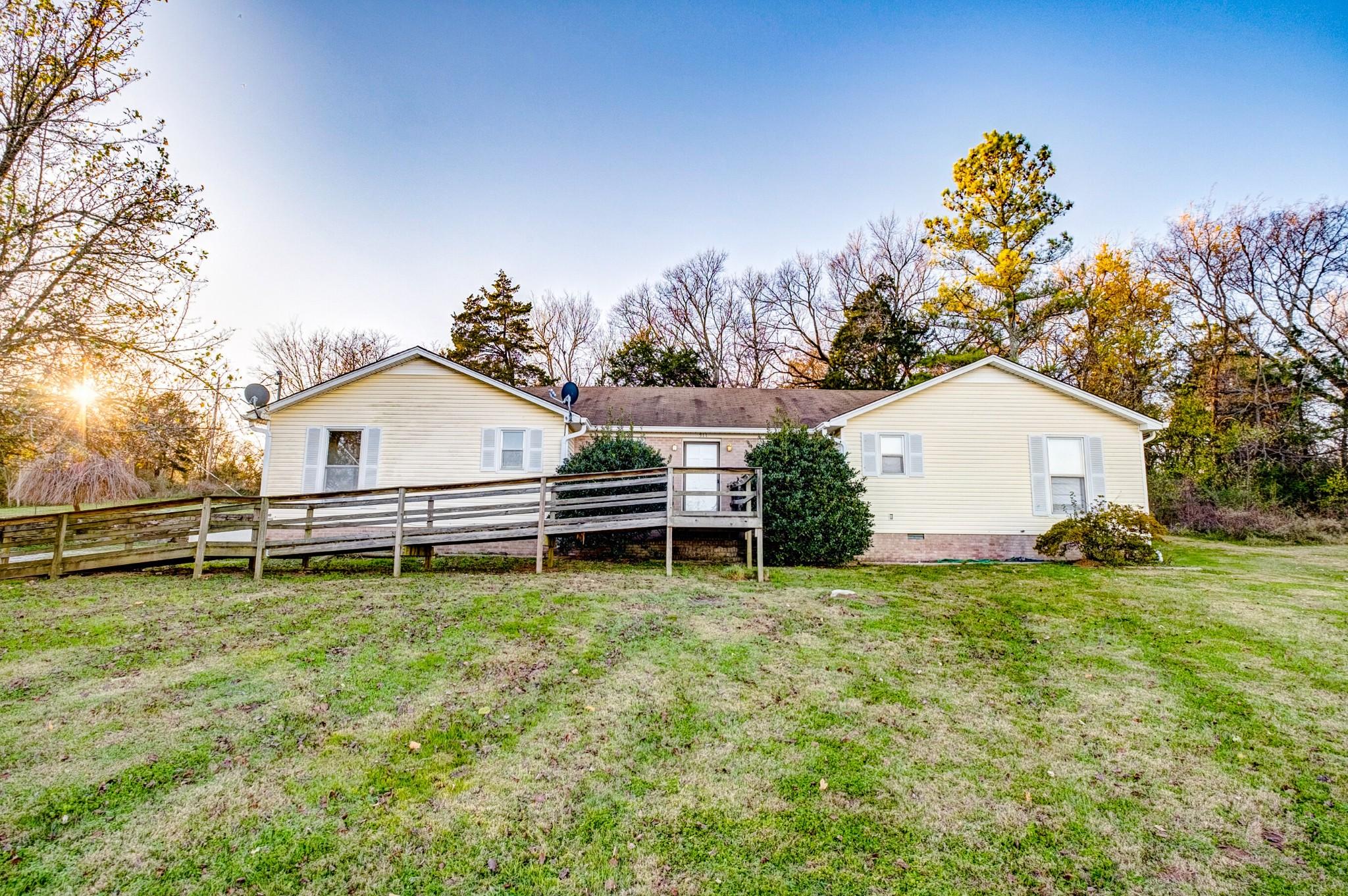 511 N Main St Property Photo - Cornersville, TN real estate listing