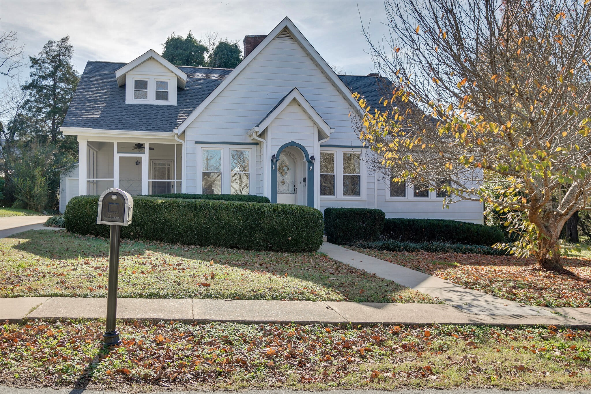 115 Perry St Property Photo - Centerville, TN real estate listing