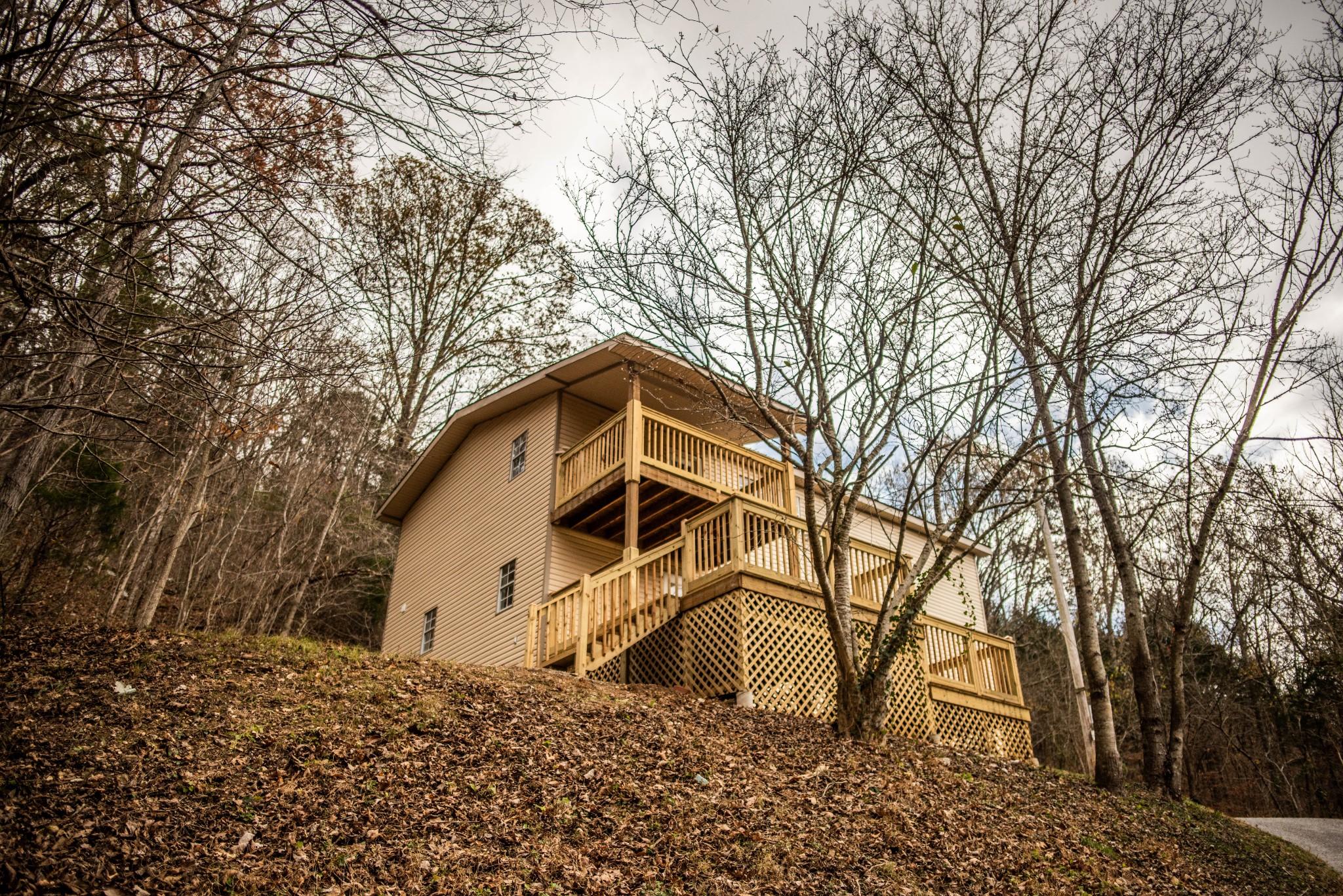 1555 Gassaway Main St Property Photo - Liberty, TN real estate listing