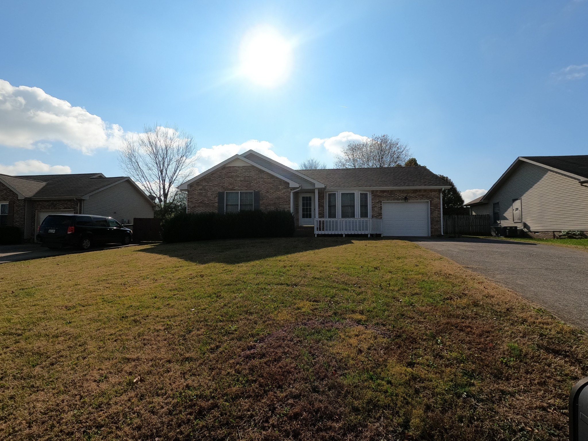 3236 N Senseney Cir Property Photo - Clarksville, TN real estate listing