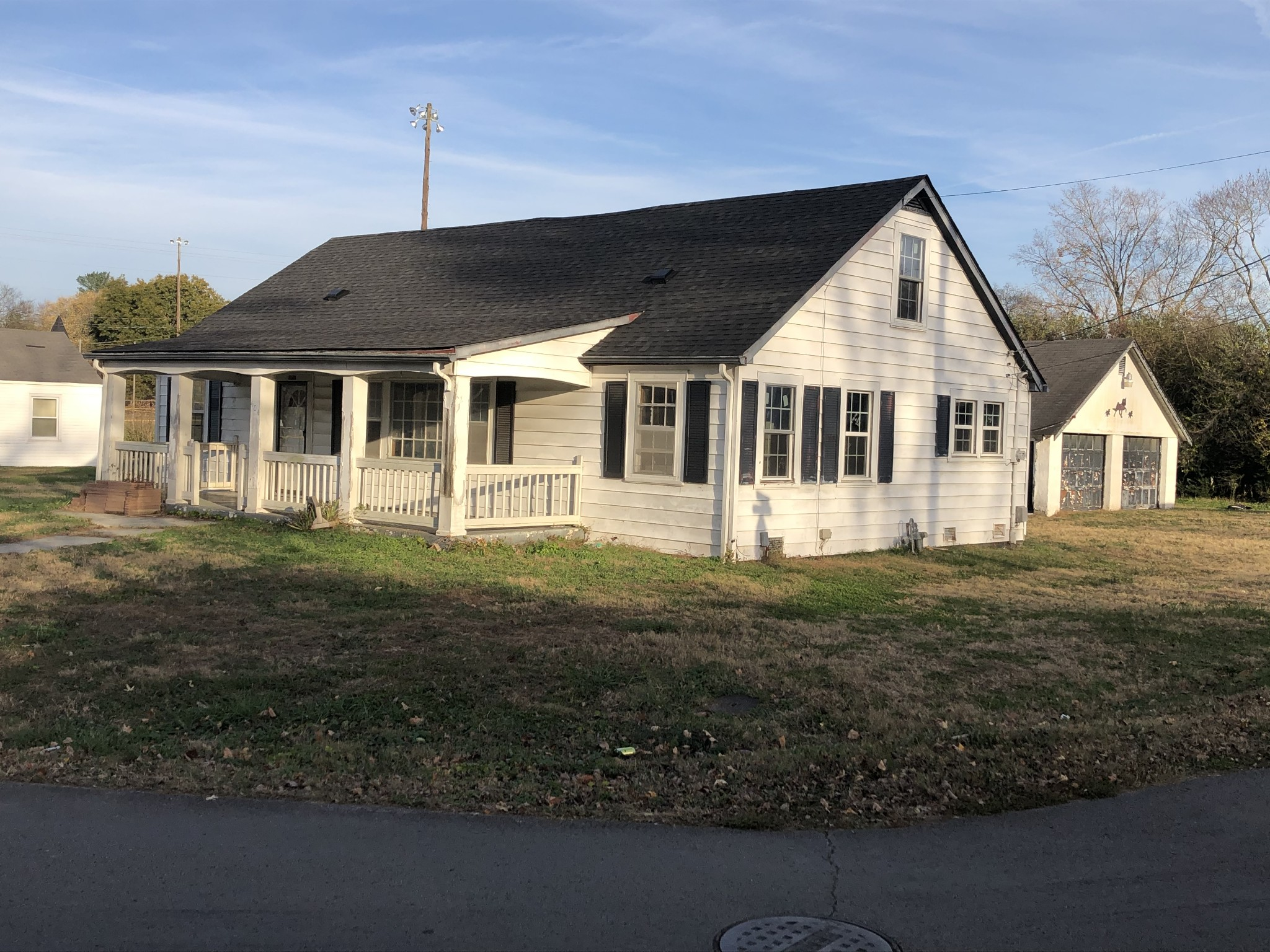 404 Montgomery St Property Photo - Cowan, TN real estate listing
