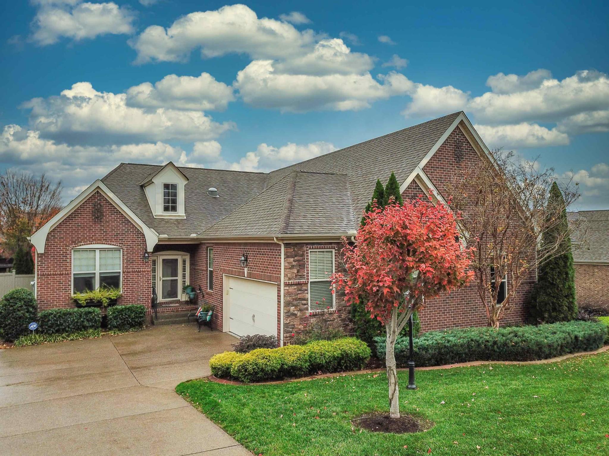 169 Cobbler Cir Property Photo - Hendersonville, TN real estate listing