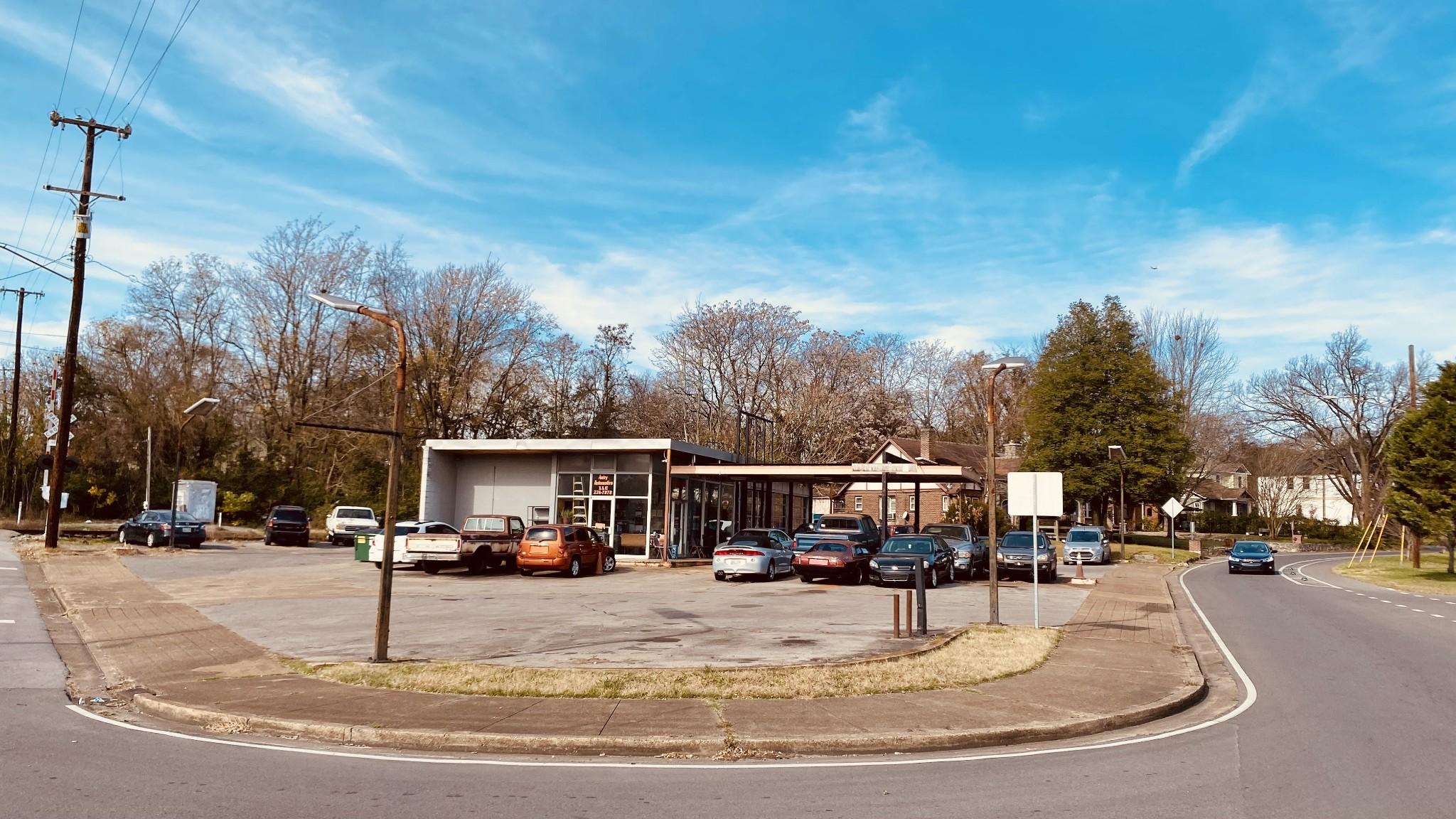 1100 Riverside Dr Property Photo - Nashville, TN real estate listing