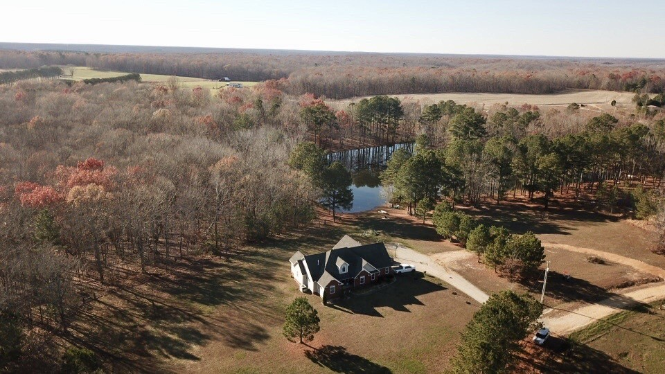 184 Lakeshore Dr Property Photo - Summertown, TN real estate listing
