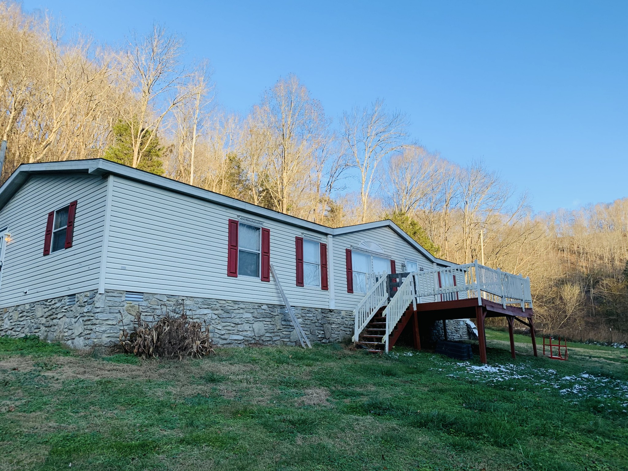 162 Dog Branch Rd S Property Photo - Pleasant Shade, TN real estate listing