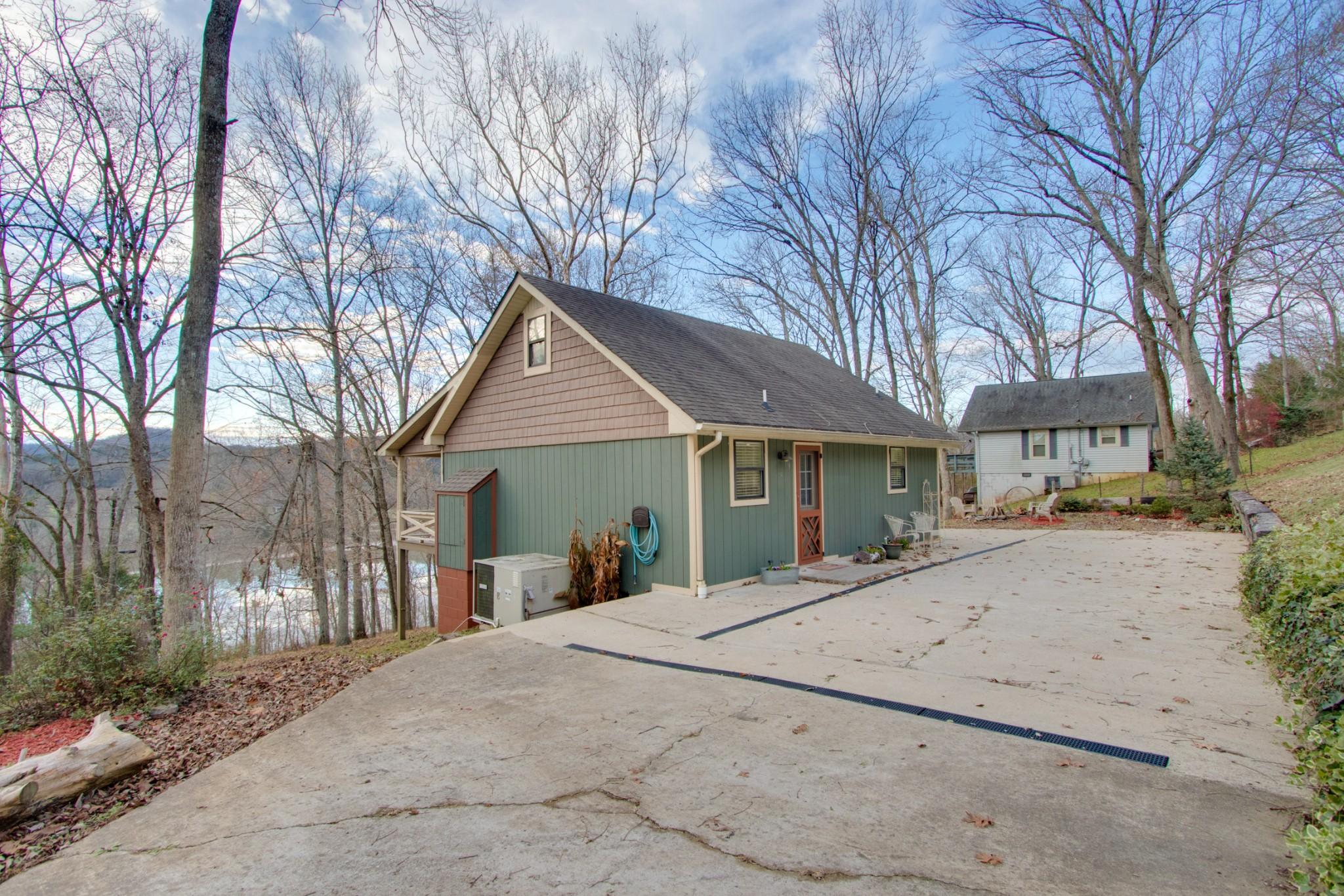 9 Thomas Ln N Property Photo - Carthage, TN real estate listing
