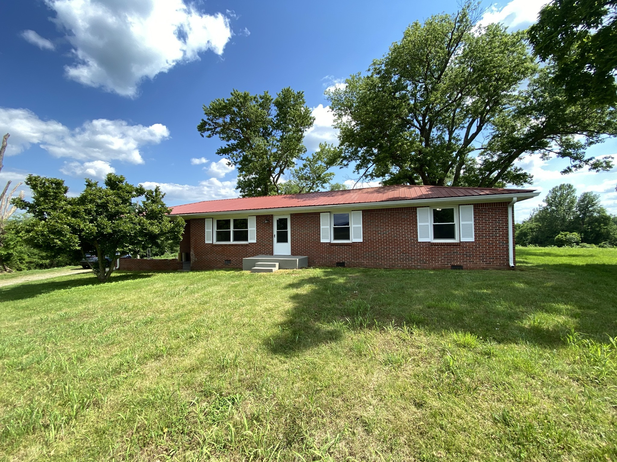 58 Smith Hollow Ln Property Photo - Brush Creek, TN real estate listing