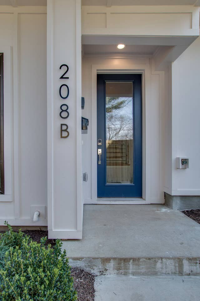 208 Myrtle Street Townhome Real Estate Listings Main Image