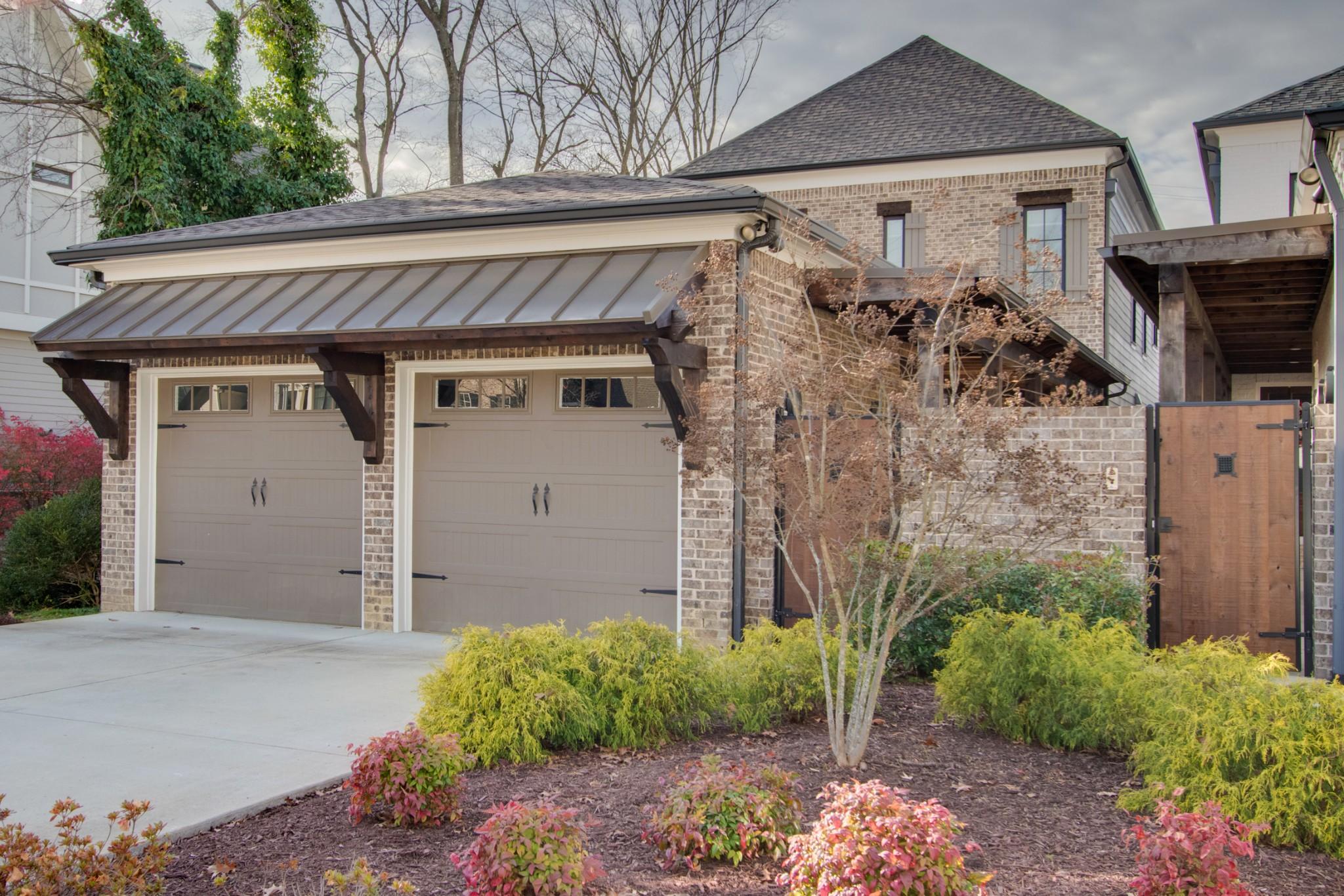 4103 Lone Oak Townhomes Real Estate Listings Main Image