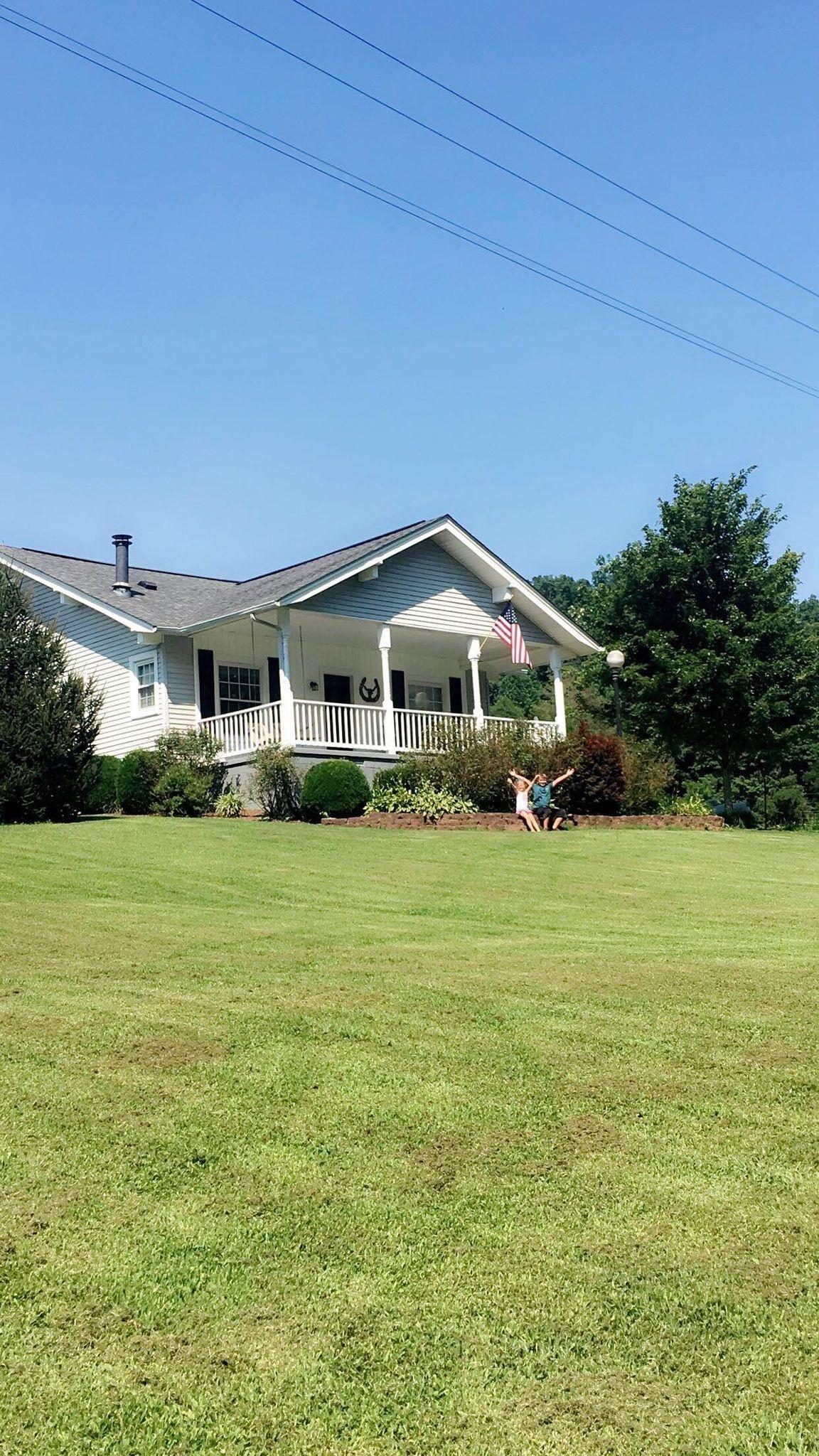 868 Farris Creek Bridge Rd Property Photo - Belvidere, TN real estate listing