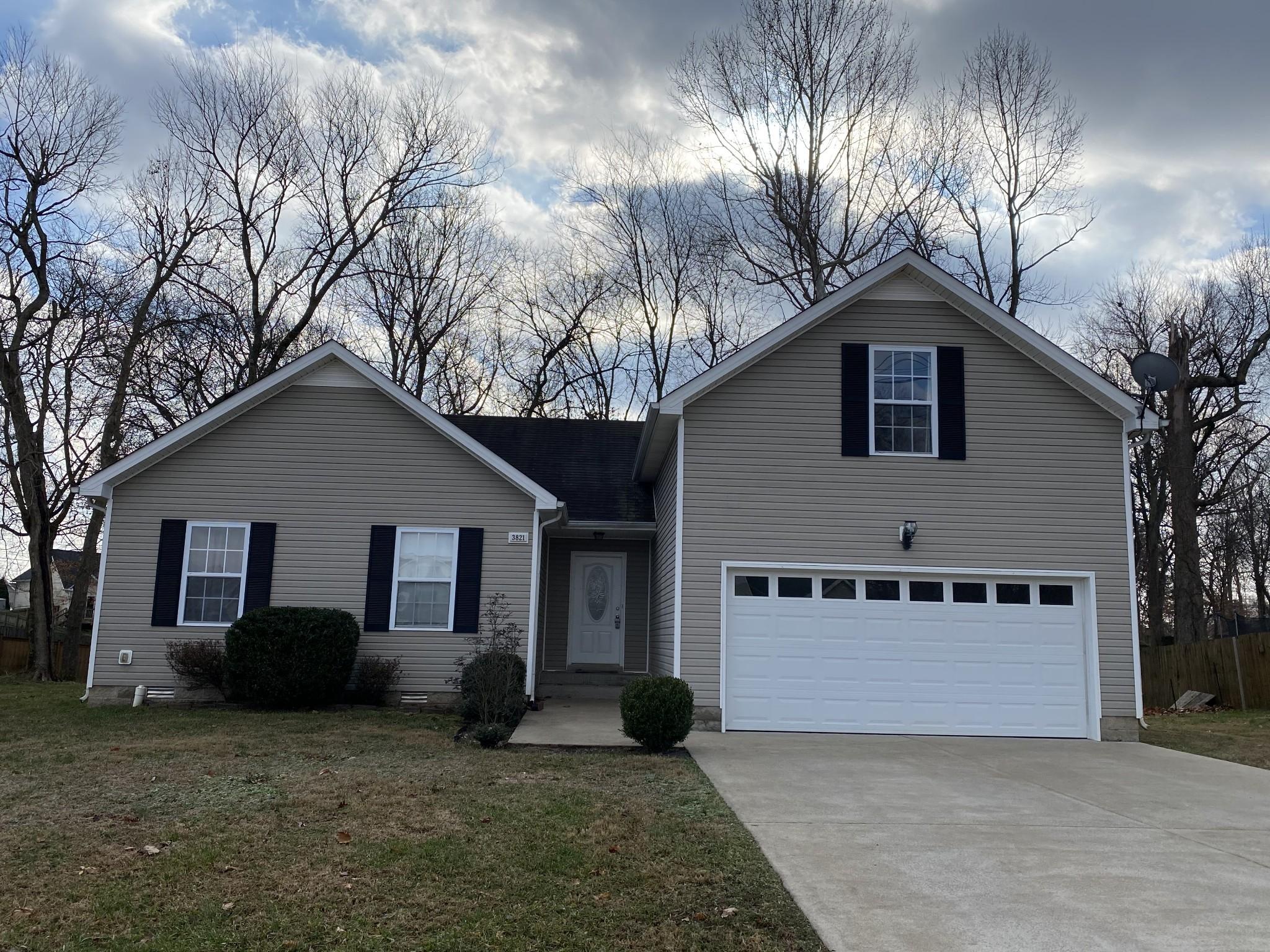 3821 McAllister Dr Property Photo - Clarksville, TN real estate listing