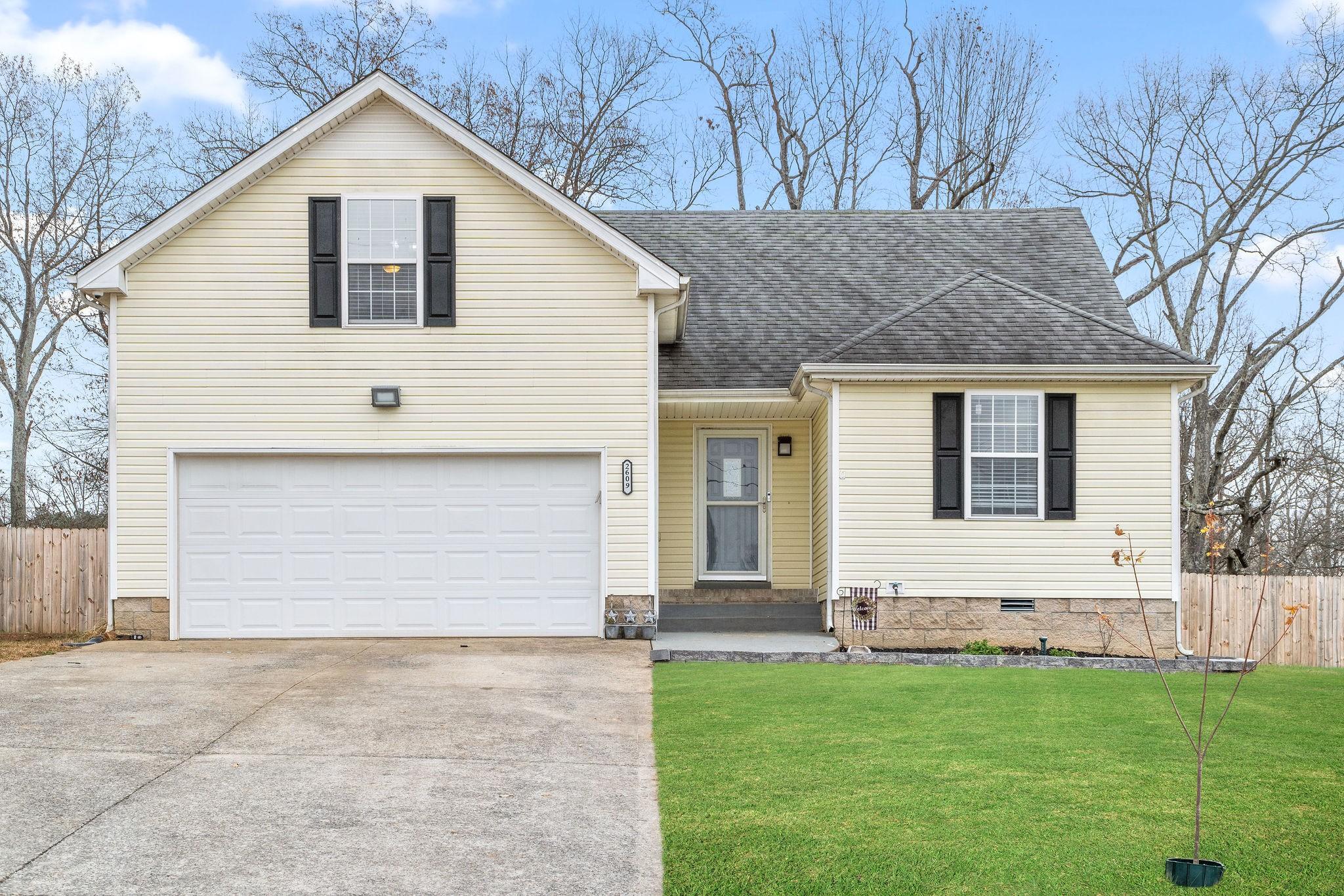 2609 Peach Grove Ln Property Photo - Woodlawn, TN real estate listing