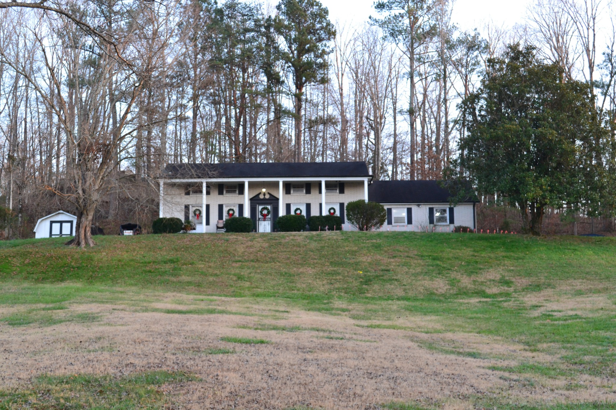 38 Hartman Loop Property Photo - Waverly, TN real estate listing