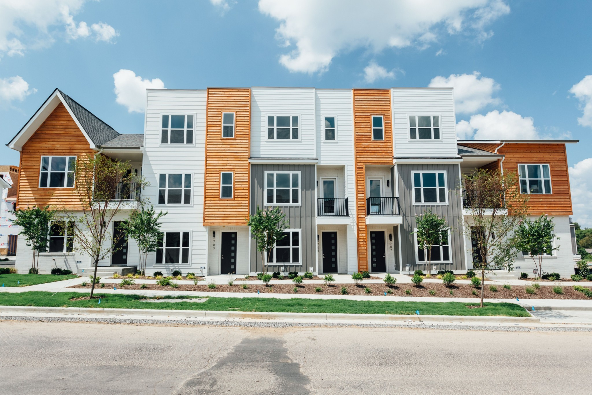 2aves Townhomes Real Estate Listings Main Image