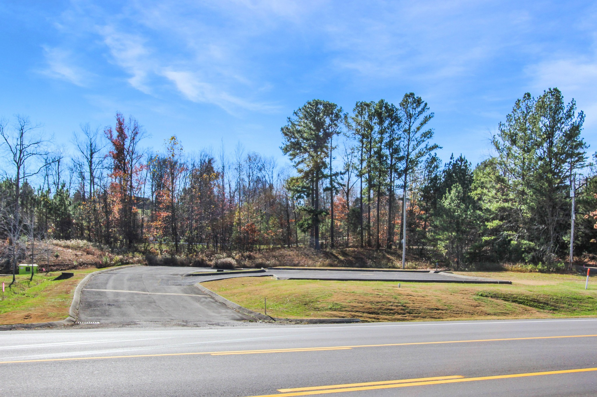 1 Donelson Pkwy Property Photo