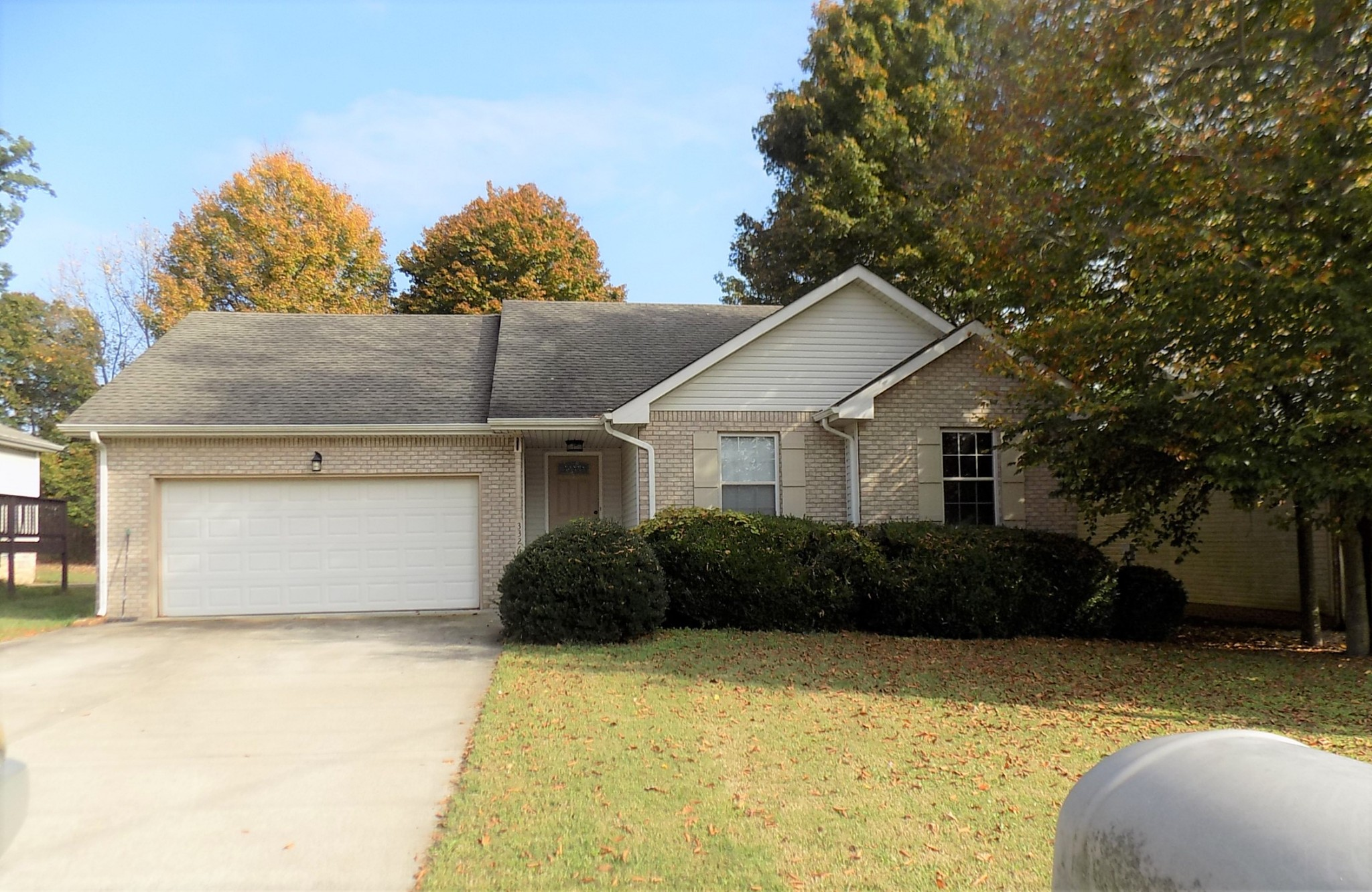 3326 S Senseney Cir Property Photo - Clarksville, TN real estate listing