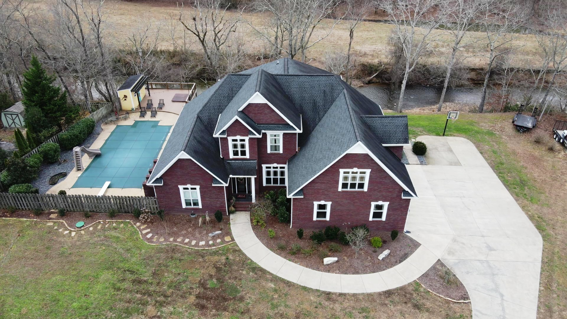 1029 Cliff View Dr N Property Photo - Kingston Springs, TN real estate listing