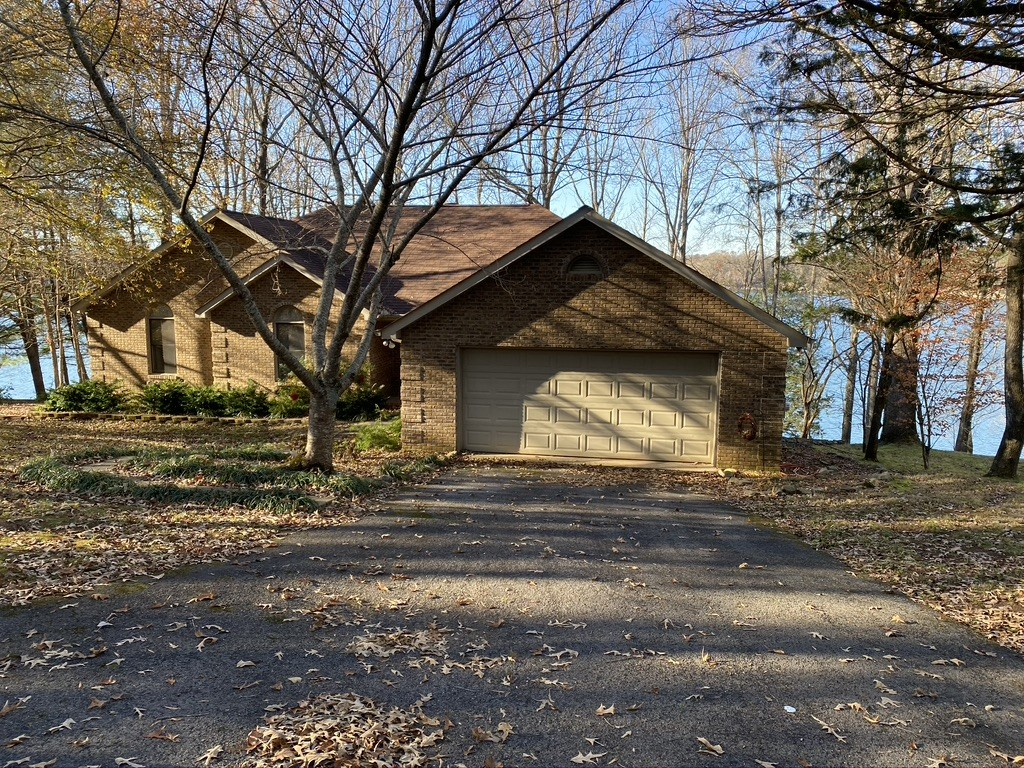 160 Ridgefield Cir Property Photo - Winchester, TN real estate listing